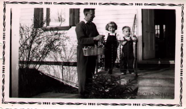 Fred,Carolyn&Gordon1951