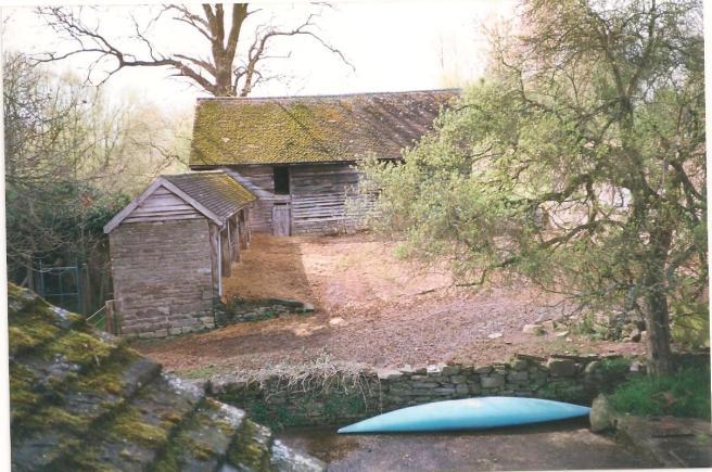 Lower House Farm yard